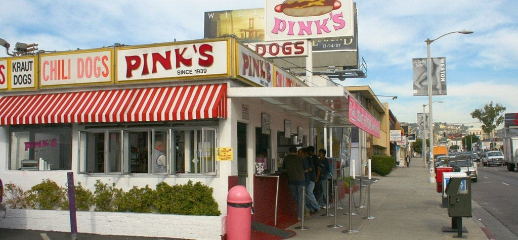 Eat a hotdog like a hitman at Pink's from 'Mulholland Drive'