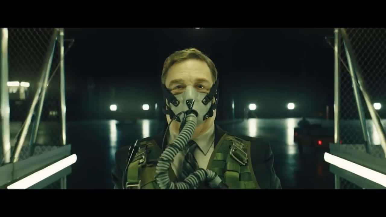 Set in a Chicago neighborhood nearly a decade after an occupation by an extra-terrestrial force, 'Captive State' explores the lives on both sides of the conflict - the collaborators and dissidents.