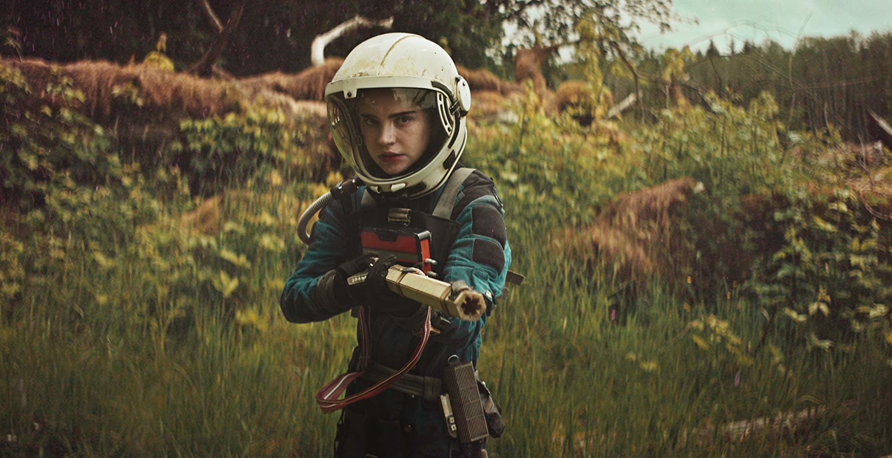 Prospect: A man and his teenage daughter travel to an alien moon with a contract to mine gems in the moon's poisonous forest. The daughter is forced to face other people in the forest, as well as her own father's greed.